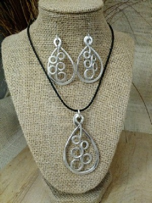 Bubbly Necklace or Earrings