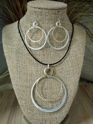 Mixed Metal Circle Double Necklace Earrrings